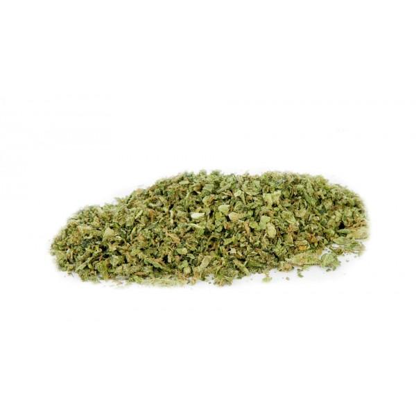 trinciato di erba al CBD